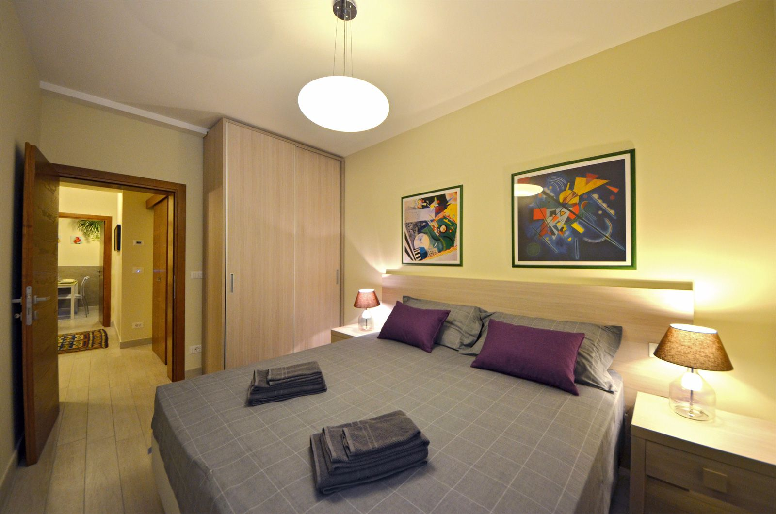 double bedroom of the Cà Pesaro Suite