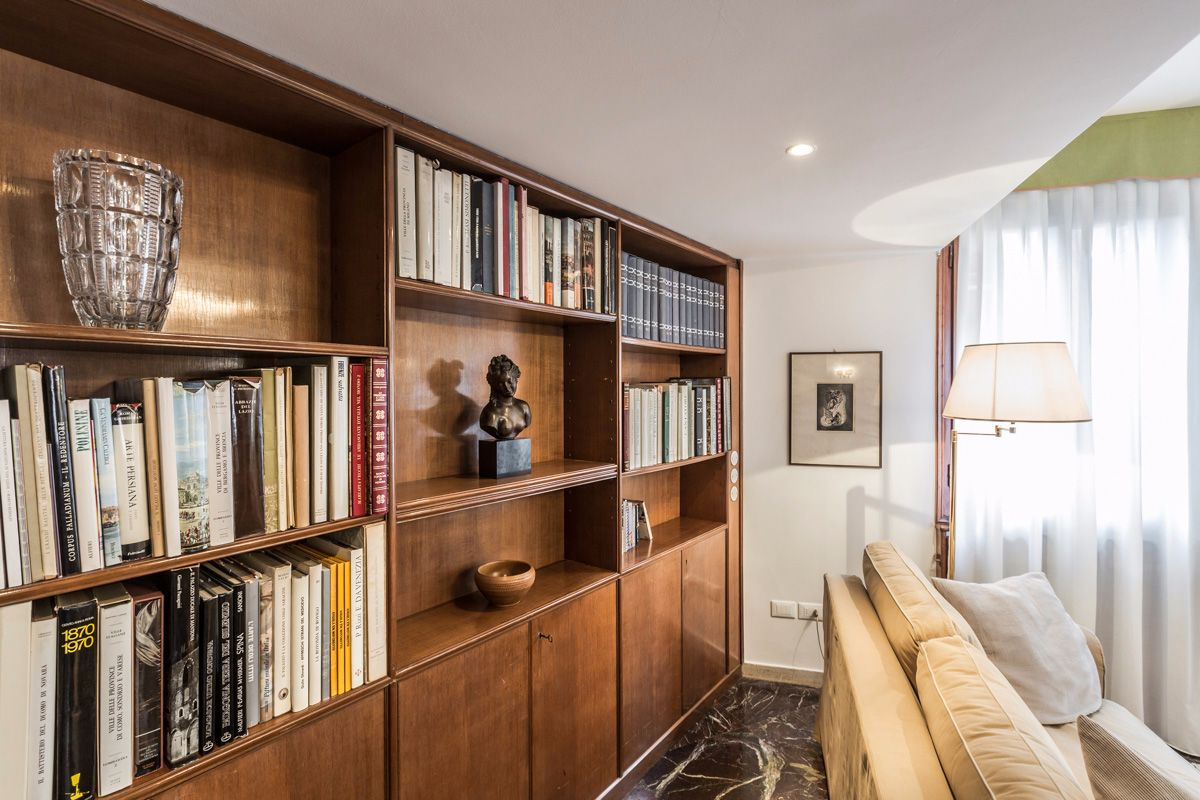 there is a rich library in the living room