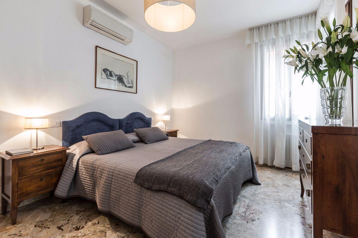 double/twin bedroom 1