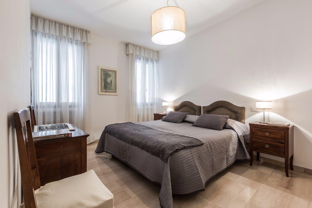double/twin bedroom 2