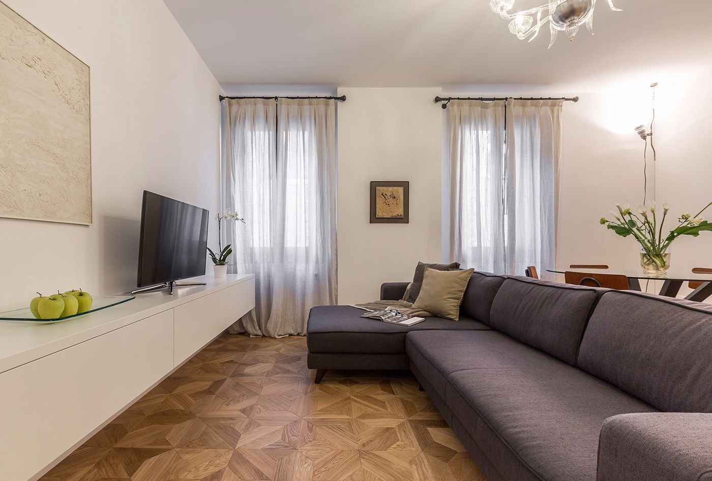 the Aida apartment living room: style and comfort guaranteed