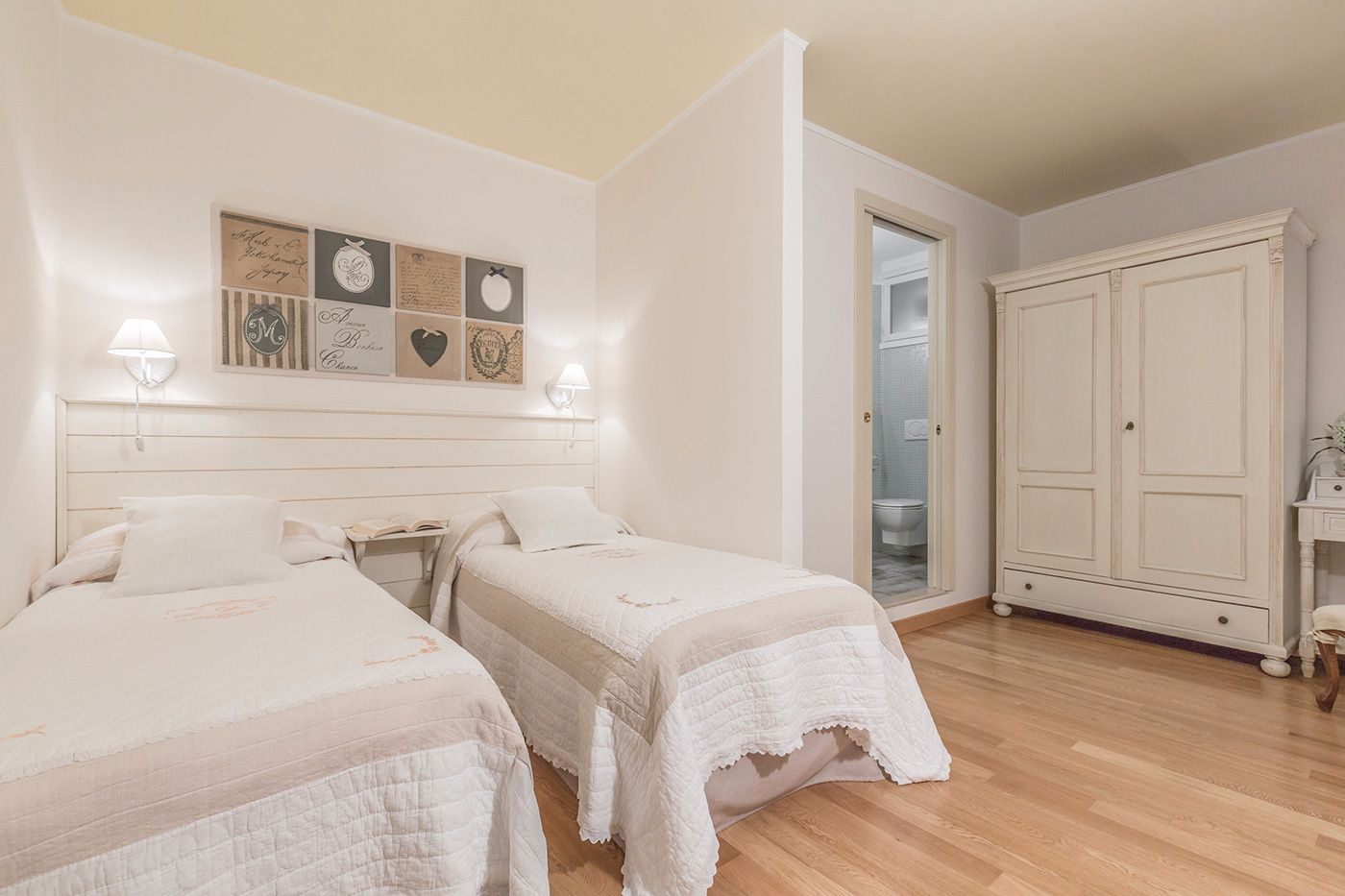 third bedroom with en-suite bathroom, that can be used as double or twin