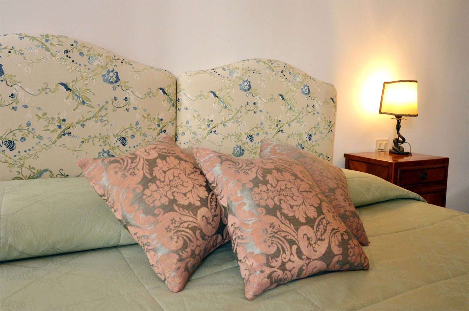 precious Fortuny textiles and soft colors for your total comfort