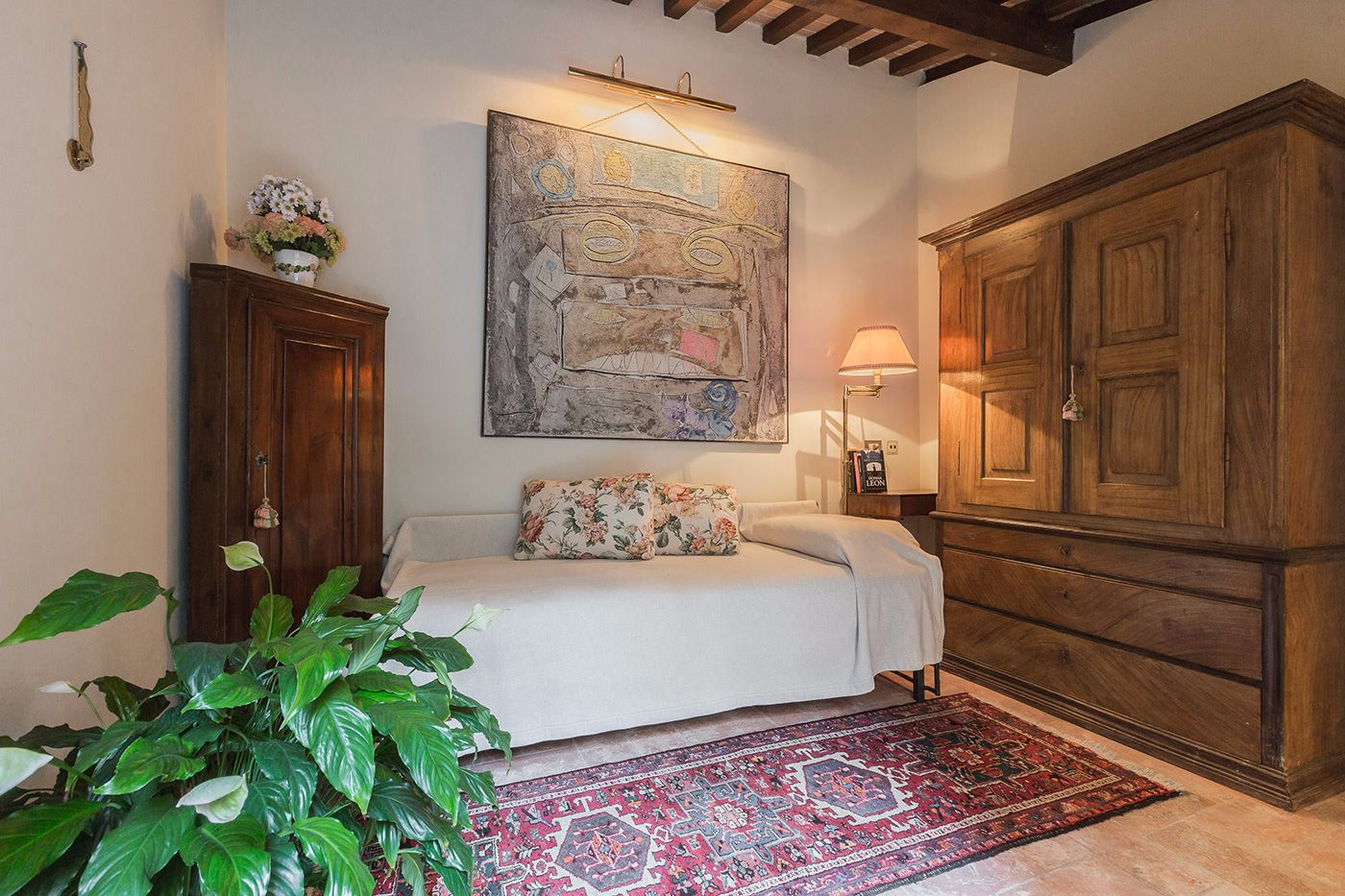 the lovely Dependance is furnished with a single bed and a wardrobe
