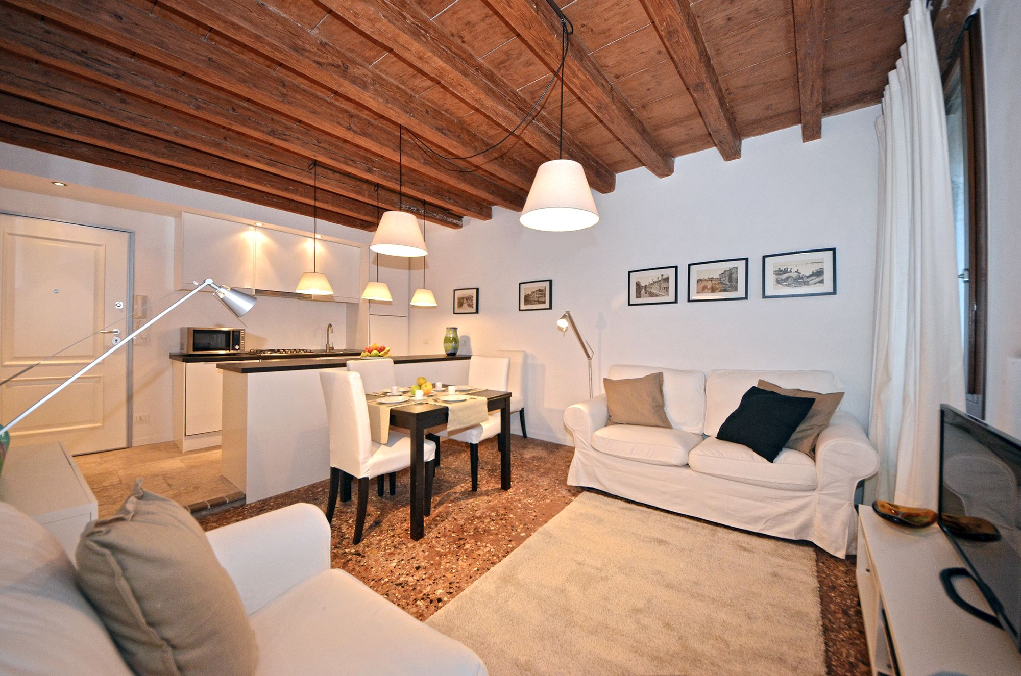 the Sarpi is a newly restored apartment with every comfort