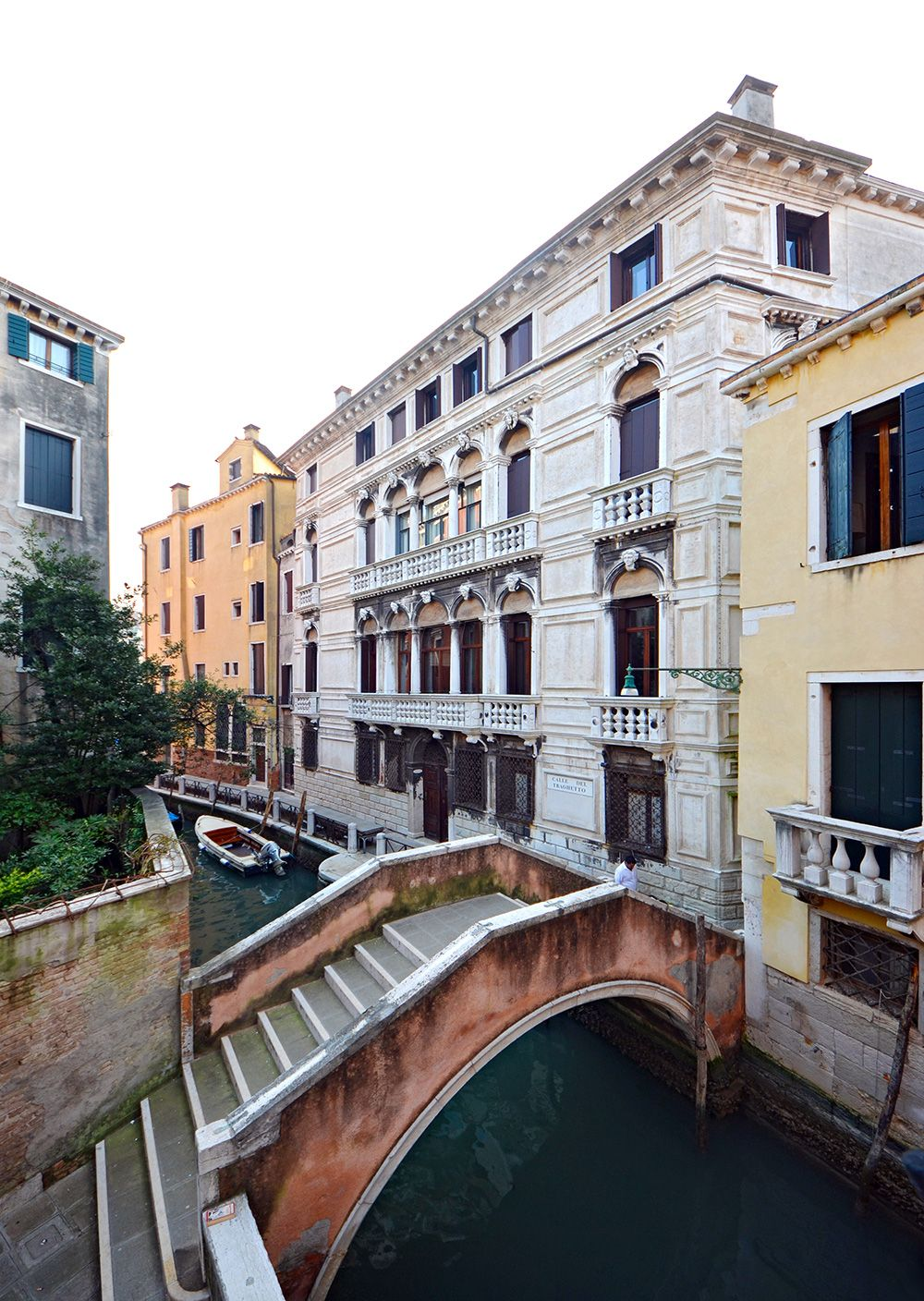 the view from this room is truly Venetian!